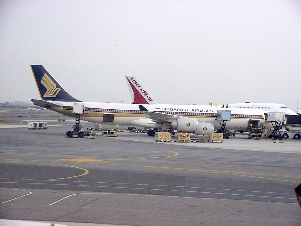 World's Longest Flight - Singapore Airlines Airbus A340-500, 30 June 2004 Newark (EWR) to Singapore (SIN)