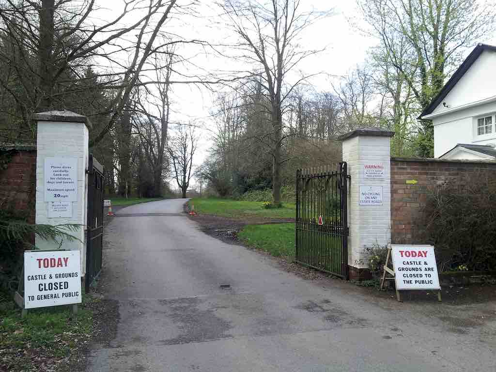Highclere Castle - Downton Abbey - Entrance