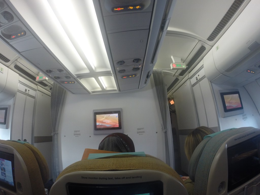 SriLankan Airlines Economy Class Middle Seat View