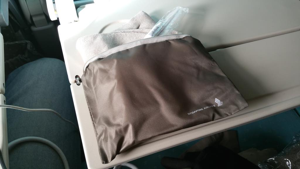 Singapore Airlines Boeing 777-300ER Amenity Kit
