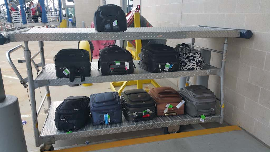 Carryon bags at the Houston-Intercontinental Airport (IAH)