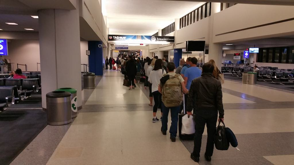 Airport Line in Newark-Liberty (EWR)