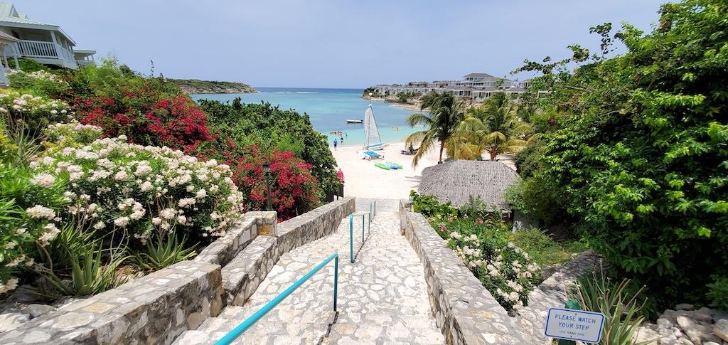 Why My Friends Hate Air Travel: Antigua and Barbuda Verandah Resort Main Beach