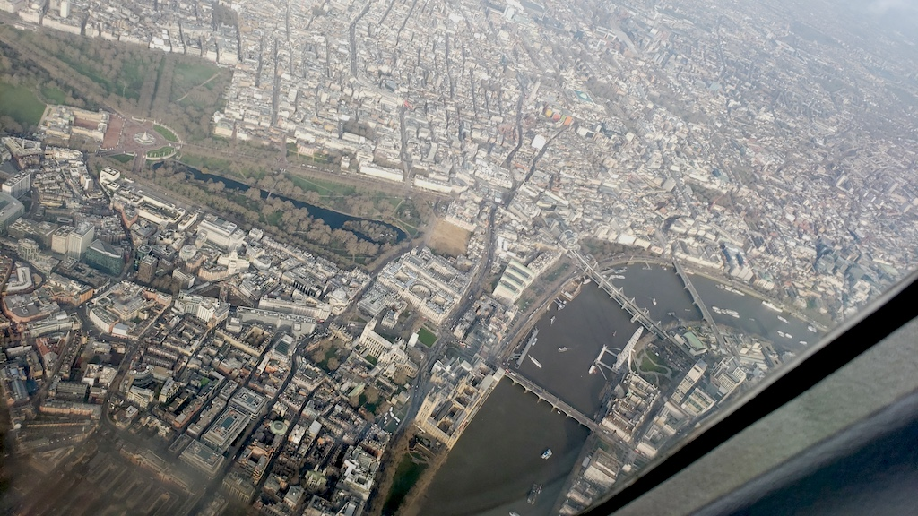 Why My Friends Hate Air Travel: London, England - St. James' Park from the air